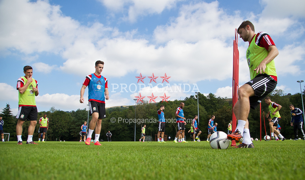 CARDIFF, WALES - Sunday, September 7, 2014: Wales' Ben Davies training at the University of South Wales Sport Park ahead of the opening UEFA Euro 2016 qualifying match against Andorra. (Pic by David Rawcliffe/Propaganda)