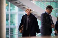 DEU, Deutschland, Germany, Berlin, 15.01.2018: Detlev Spangenberg (MdB, Alternative für Deutschland, AfD) vor Beginn der Fraktionssitzung der AfD-Fraktion im Deutschen Bundestag.