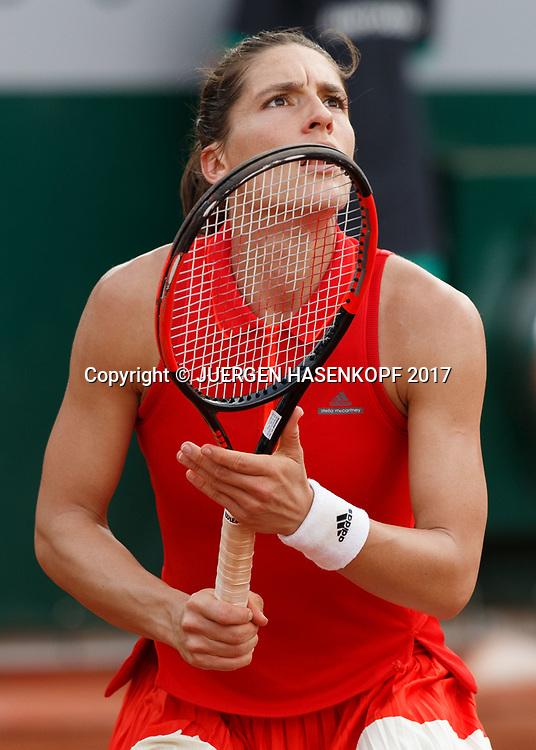 ANDREA PETKOVIC (GER) schaut nach oben,<br /> <br /> Tennis - French Open 2017 - Grand Slam ATP / WTA -  Roland Garros - Paris -  - France  - 29 May 2017.