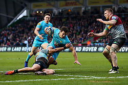 Ryan Mills of Worcester Warriors is tackled by Joe Marchant of Harlequins - Mandatory by-line: Robbie Stephenson/JMP - 16/02/2019 - RUGBY - Twickenham Stoop - London, England - Harlequins v Worcester Warriors - Gallagher Premiership Rugby