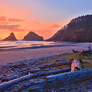 Haceta Head Inn And Lighthouse Sunset - Oregon Coast - HDR