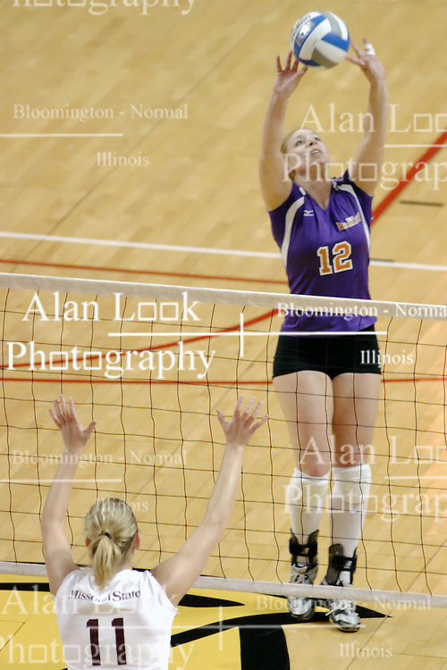 24 November 2006:Sarah Treadway sets up for a kill during a Quarterfinal match between the Evansville University Purple Aces and the Missouri State University Bears.The Tournament was held at Redbird Arena on the campus of Illinois State University in Normal Illinois.<br />