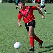Hennie Cruijff voetballend in AFC tenue