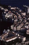 Aerial view of the rock, palace, museum. Monaco   Vue aérienne du palais sur le  rocher  P0005217  L930129b  R150/5