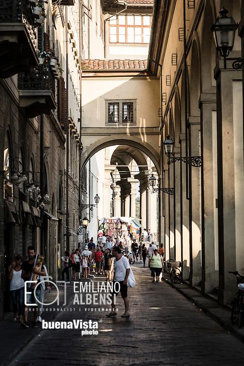 Firenze, Italia, 2016<br /> Scorci del centro storico di Firenze.<br /> <br /> Florence, Italy, 2015<br /> A glimpse of Florence historical city center.