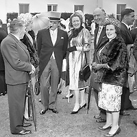 95290<br /> <br /> American President John Fitzgerald Kennedy (J.F.K.)'s visit to Ireland June 1963.<br /> President DeVaera's Garden Party at &Aacute;ras an Uachtar&aacute;in.<br /> (Part of the Independent Newspapers Ireland/NLI collection.) (Box 3)