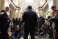 12 DEC 2003, BERLIN/GERMANY:<br /> Peter Mueller, CDU, Ministerpraesident Saarland,  gibt ein Pressestatement, Sitzung des Vermittlungsausschusses, Bundesrat<br /> IMAGE: 20031212-01-069<br /> KEYWORDS: Mikrofon, microphone, Pressekonferenz, Journalist, Journalisten, Ruecken, Rücken, Peter Müller