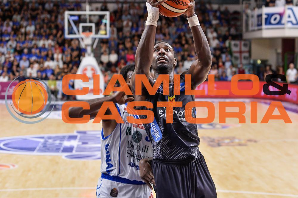 Dustin Hogue<br /> Banco di Sardegna Dinamo Sassari - Dolomiti Energia Aquila Basket Trento<br /> Legabasket Serie A LBA Poste Mobile 2016/2017<br /> Playoff Quarti Gara3<br /> Sassari 16/05/2017<br /> Foto Ciamillo-Castoria