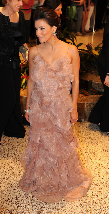 Eva Longoria arrives for the White House Correspondents Dinner in Washington, DC