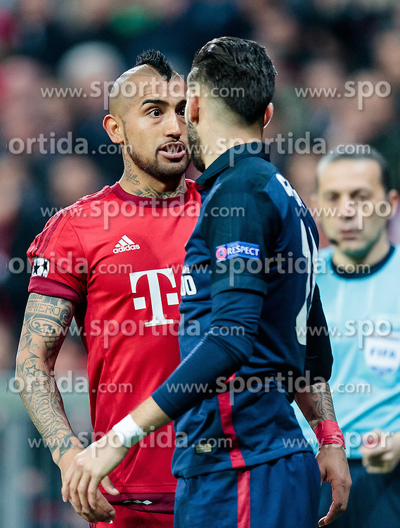 03.05.2016, Allianz Arena, Muenchen, GER, UEFA CL, FC Bayern Muenchen vs Atletico Madrid, Halbfinale, Rueckspiel, im Bild Arturo Vidal (FC Bayern Muenchen), Yannick Ferreira Carrasco (Atletico Madrid) // Arturo Vidal (FC Bayern Muenchen) Yannick Ferreira Carrasco (Atletico Madrid) during the UEFA Champions League semi Final, 2nd Leg match between FC Bayern Munich and Atletico Madrid at the Allianz Arena in Muenchen, Germany on 2016/05/03. EXPA Pictures © 2016, PhotoCredit: EXPA/ JFK