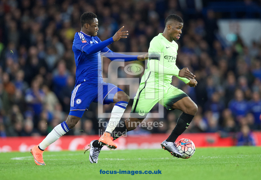 Baba Rahman of Chelsea and Kelechi Iheanacho of Manchester City during the FA Cup match at Stamford Bridge, London<br /> Picture by Alan Stanford/Focus Images Ltd +44 7915 056117<br /> 21/02/2016
