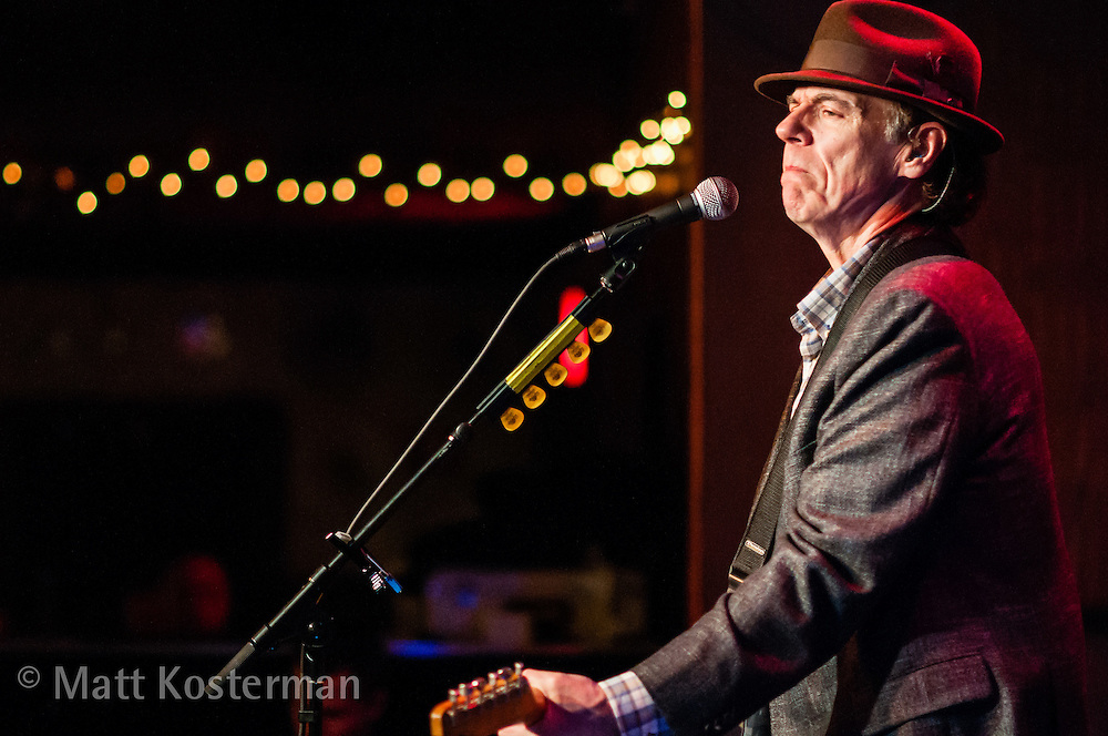 John Hiatt playing Fitzgerald's in Berwyn, Illinois.