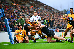 Nizaam Carr of Wasps is pushed off as he attempts to score a try  - Mandatory by-line: Dougie Allward/JMP - 30/11/2019 - RUGBY - Sandy Park - Exeter, England - Exeter Chiefs v Wasps - Gallagher Premiership Rugby