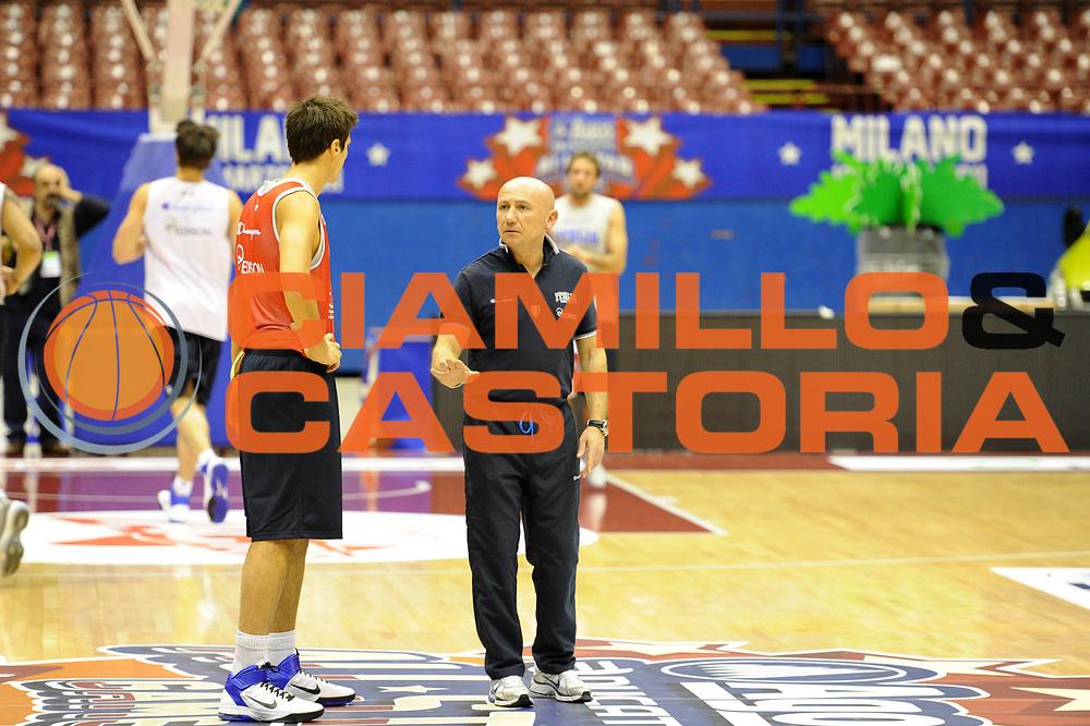 DESCRIZIONE : Milano Agos Ducato All Star Game 2011<br /> GIOCATORE : Luca Dalmonte<br /> SQUADRA : Italia Nazionale Maschile<br /> EVENTO : All Star Game 2011<br /> GARA : Italia All Star Team<br /> DATA : 11/03/2011<br /> CATEGORIA : allenamento coach<br /> SPORT : Pallacanestro<br /> AUTORE : Agenzia Ciamillo-Castoria/C.De Massis<br /> Galleria : FIP Nazionali 2011<br /> Fotonotizia :  Milano Agos Ducato All Star Game 2011<br /> Predefinita :