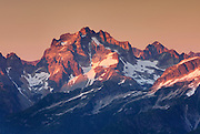 Mount Redoubt (8969 feet, 2734 meters) North Cascades National Park Washington USA beauty in nature