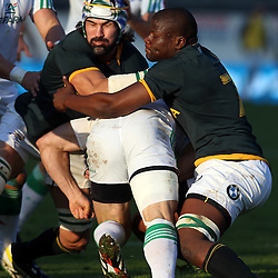 PADUA, ITALY - NOVEMBER 22: Victor Matfield and Teboho Oupa Mohoje tackle Andrea Masi of Italy during the Castle Lager Outgoing Tour match between Italy and South African at Stadio Euganeo on November 22, 2014 in Padua, Italy. (Photo by Steve Haag/Gallo Images)