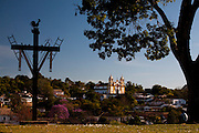 Tiradentes_MG, Brasil...Igreja Matriz de Santo Antonio em Tiradentes, Minas Gerais...The Santo Antonio mother church in Tiradentes, Minas Gerais. ..Foto: LEO DRUMOND / NITRO