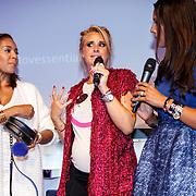 NLD/Amsterdam/20150827 - Presentatie TOVxChantal bag, Winonah de Jong, Chantal Bles en Sarissa Ling
