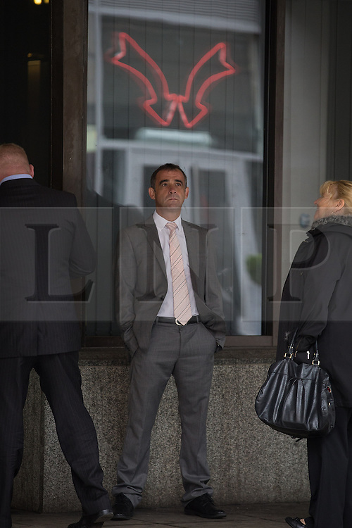 © Licensed to London News Pictures . 10/09/2013 . Manchester , UK . MICHAEL LE VELL (aka Michael Turner ) during lunch as the jury deliberates at Manchester Crown Court this morning (Tuesday 10th September 2013) . The actor , who plays mechanic Kevin Webster in Coronation Street , is charged with a series of offences including rape , sexual activity with a child and indecent assault . Photo credit : Joel Goodman/LNP