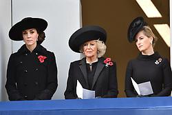 Catherine, Herzogin von Cambridge, Camilla, Herzogin von Cornwall an beim Remembrance Sunday in London / 131116 *** Remembrance Sunday, London, 13 Nov 2016 ***