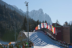 05.01.2011, Nordic Arena, Toblach, ITA, FIS Cross Country, Tour de Ski, Qualifikation Sprint Women and Men, im Bild Feature von der Tour de ski aus Toblach; Nationalflaggen und Panorama. EXPA Pictures © 2011, PhotoCredit: EXPA/ J. Groder