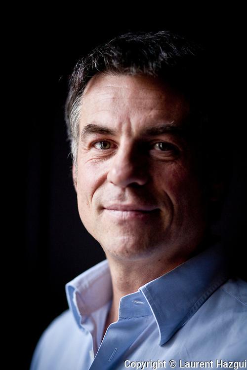 FŽvrier 2011. Paris. Portrait de Bruno Gaccio chez lui.