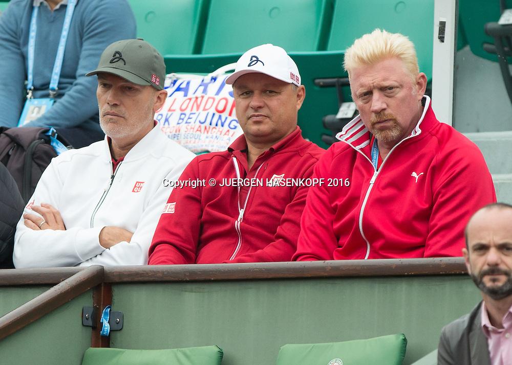 Novak Djokovic Team Coach Boris Becker, Marian Vajda und Physiotherapeut Gebhard Gritsch in der Spielerloge<br /> <br /> Tennis - French Open 2016 - Grand Slam ITF / ATP / WTA -  Roland Garros - Paris -  - France  - 1 June 2016.