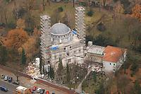 07 NOV 2002, BERLIN/GERMANY:<br /> Luftaufnahme, Bauarbeiten an einer Islamischen Moschee, Columbia Damm<br /> IMAGE: 20021107-02-001<br /> KEYWORDS: Neubau, Bau, Islam,