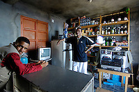 16 JAN 2006, CAMPANAS DE CIMA/FOGO/CAPE VERDE:<br /> Kleines Geschaeft mit Inhaber (L) im Bergdorf Campanas de Cima, Insel Fogo, Kapverdische Inseln<br /> Little shop with owner (L) in a small village in the mountains, Campanas de Cima, Island Fogo, Cape verde islands<br /> IMAGE: 20060110-01-019<br /> KEYWORDS: Travel, Reise, Natur, nature, cabo verde, Dritte Welt, Third World, Kapverden, Handel, Einzelhandel, Geschaeft, Geschäft, Verkäufer, Verkaeufer, Laden