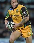 2005/06 Guinness Premiership Rugby, Saracens vs Northampton Saints, Carlos Spencer, Vicarage Road, Watford, ENGLAND:     05.11.2005   © Peter Spurrier/Intersport Images - email images@intersport-images..