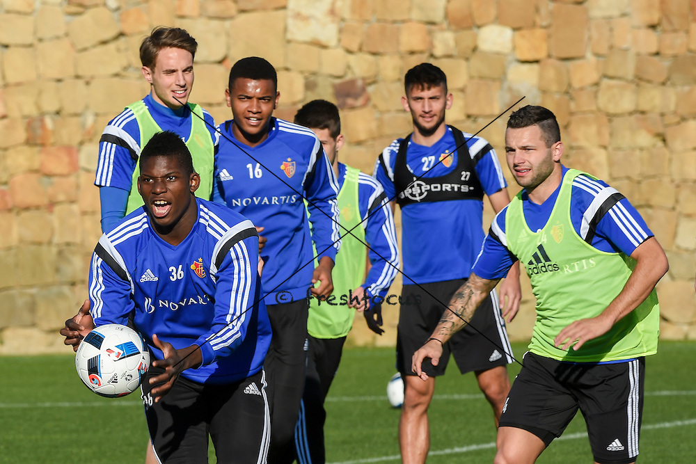 18.01.2016; Marbella; Fussball Super League - Trainingslager FC Basel; Training FC Basel; <br /> Breel Embolo (Basel) Daniel Hoegh (Basel) Jean-Paul Boetius (Basel) Naser Aliji (Basel) Renato Steffen (Basel) <br /> (Andy Mueller/freshfocus)
