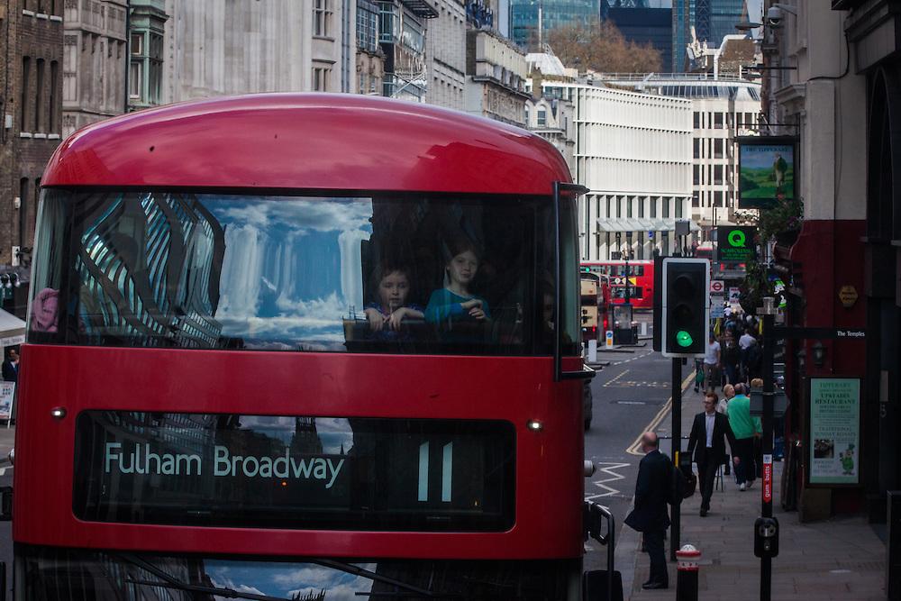 Traffic in London, England Tuesday, April 5, 2016 . (Elizabeth Dalziel for Greenpeace )