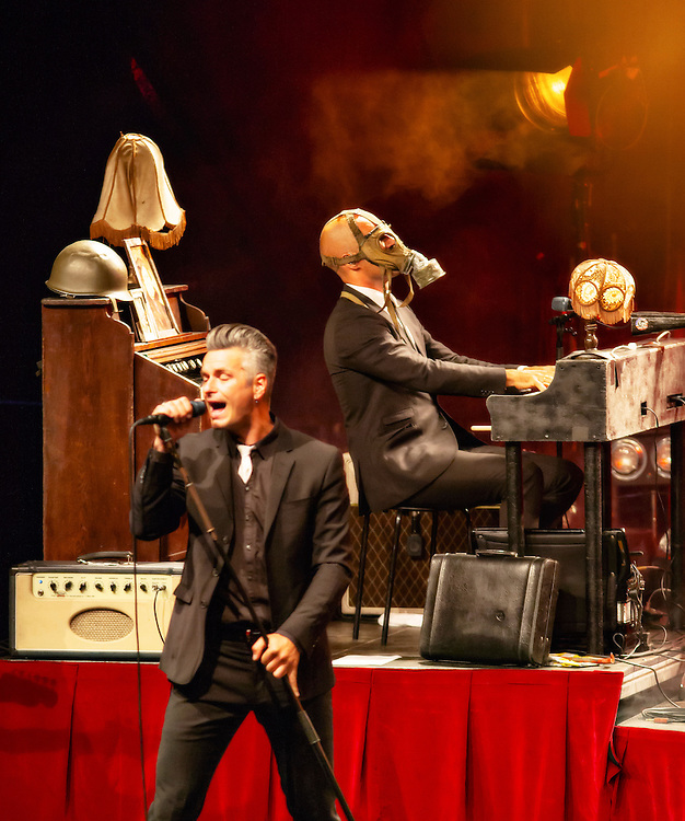 Kaizers Orchestra in concert