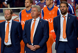 05-06-2015 NED: Oefeninterland Nederland - USA, Amsterdam<br /> Oranje verliest oefeninterland tegen Verenigde Staten met 4-3 / Danny Blind, Coach Guus Hiddink (NED), Ruud van Nistelrooy
