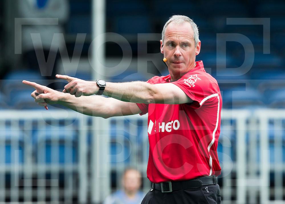 ANTWERP -    Dutch umpire Roel van Eert during  the match between  the men of Great Britain and Ireland (2-2)  WSP COPYRIGHT KOEN SUYK
