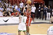DESCRIZIONE : Milano Lega A 2013-14 EA7 Emporio Armani Milano vs Montepaschi Siena playoff Finale gara 5<br /> GIOCATORE : Daniel Hackett<br /> CATEGORIA : Tiro Three Points<br /> SQUADRA : EA7 Emporio Armani Milano<br /> EVENTO : Finale gara 5 playoff<br /> GARA : EA7 Emporio Armani Milano vs Montepaschi Siena playoff Finale gara 5<br /> DATA : 23/06/2014<br /> SPORT : Pallacanestro <br /> AUTORE : Agenzia Ciamillo-Castoria/GiulioCiamillo<br /> Galleria : Lega Basket A 2013-2014  <br /> Fotonotizia : Milano Lega A 2013-14 EA7 Emporio Armani Milano vs Montepaschi Siena playoff Finale gara 5<br /> Predefinita :