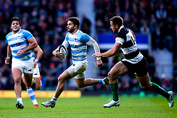 Ramiro Moyano of Argentina goes past Tommaso Benvenuti of Barbarians - Mandatory by-line: Robbie Stephenson/JMP - 01/12/2018 - RUGBY - Twickenham Stadium - London, England - Barbarians v Argentina - Killick Cup