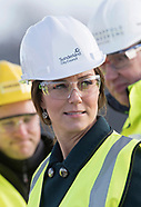 Kate Middleton Dons Hard Hat For Bridge Visit