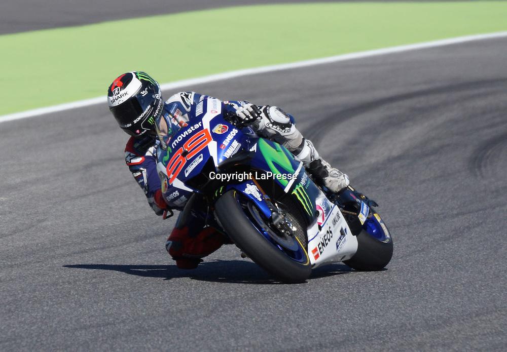 Foto Alessandro La Rocca/LaPresse<br /> 22-05-2016,    GRAN PREMIO D'ITALIA TIM- Autodromo Internazionale del Mugello- 2016<br /> Sport-Motociclismo-MotoGP <br />   GRAN PREMIO D'ITALIA TIM- Autodromo Internazionale del Mugello- 2016<br /> nella foto:Jorge Lorenzo - Yamaha<br /> <br /> Photo Alessandro La Rocca/ LaPresse<br /> 2016 22 May,    GRAN PREMIO D'ITALIA TIM- Autodromo Internazionale del Mugello- 2016<br /> Sport- MotoGP<br />    GRAN PREMIO D'ITALIA TIM- Autodromo Internazionale del Mugello- 2016<br /> in the photo:Jorge Lorenzo - Yamaha