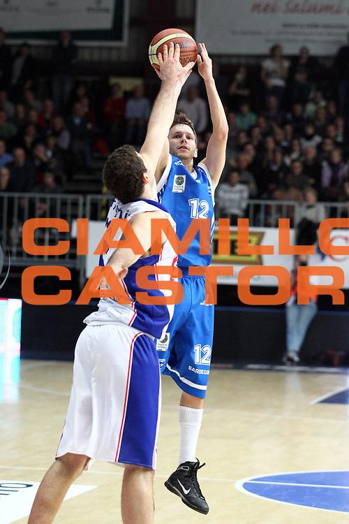 DESCRIZIONE : Cantu Lega A 2010-11 Bennet Cantu Dinamo Sassari<br /> GIOCATORE : Travis Diener<br /> SQUADRA : Dinamo Sassari<br /> EVENTO : Campionato Lega A 2010-2011<br /> GARA : Bennet Cantu Dinamo Sassari<br /> DATA : 04/12/2010<br /> CATEGORIA : Tiro Three Points<br /> SPORT : Pallacanestro<br /> AUTORE : Agenzia Ciamillo-Castoria/G.Cottini<br /> Galleria : Lega Basket A 2010-2011<br /> Fotonotizia : Cantu Lega A 2010-11 Bennet Cantu Dinamo Sassari<br /> Predefinita :