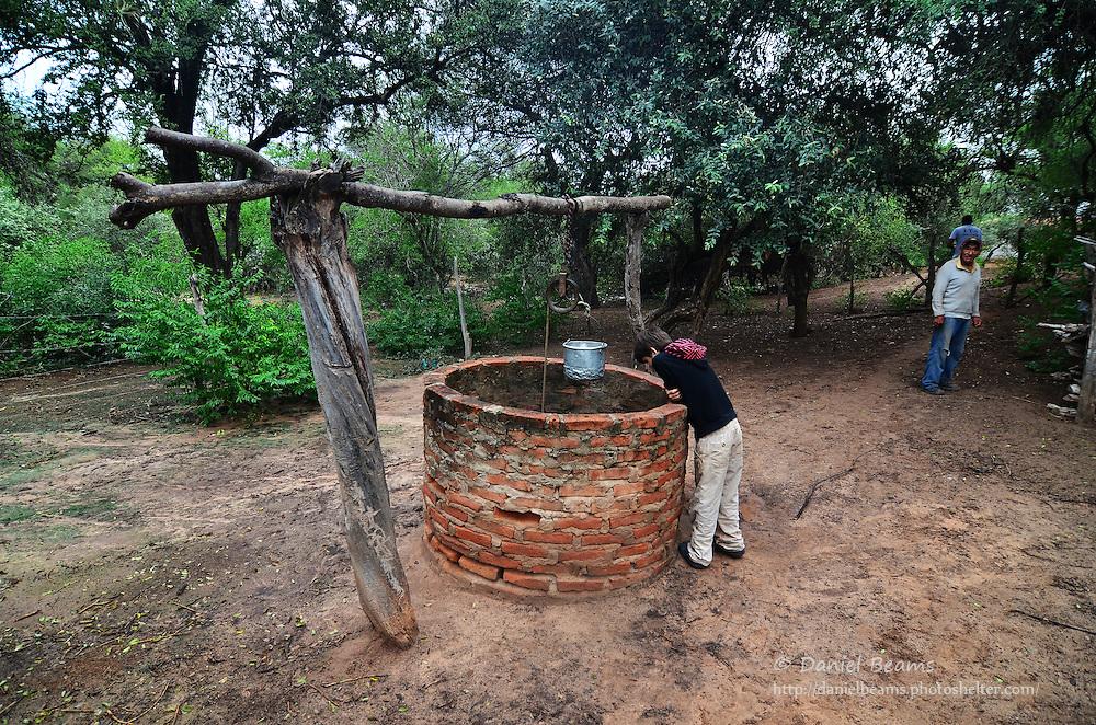 Hand dug water well in Isosog