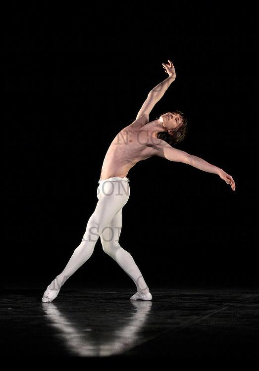 30.01.2014 Ivan Putrov presents MEN IN MOTION at The London Coliseum UK<br /> Narcisse danced by Vadim Muntagirov (ENB)