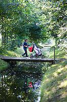 DELFT - Op weg naar het clubhuis, Golfclub Concordia. FOTO KOEN SUYK