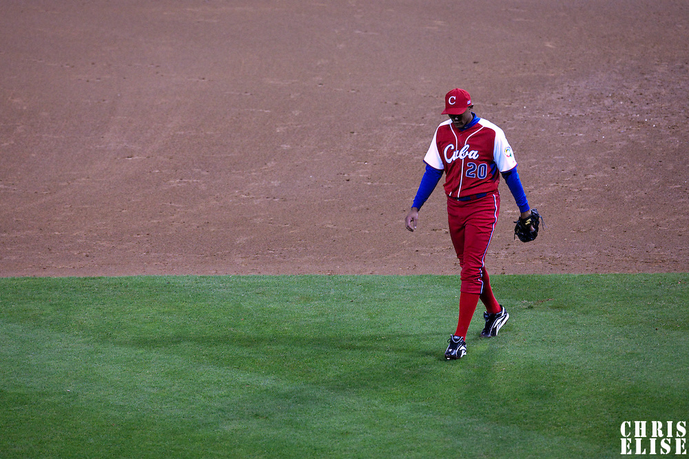 16 March 2009: #20 Norge Luis Vera of Cuba goes back to the dugout during the 2009 World Baseball Classic Pool 1 game 3 at Petco Park in San Diego, California, USA. Cuba wins 7-4 over Mexico.