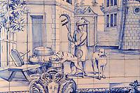 Portugal, Lisbonne, quartier de l'Alfama, monastère de Saint-Vincent de Fora ou Igreja de São Vicente de Fora, azulejos illustrant les Fables de La Fontaine, l'education // Portugal, Lisbon, Alfama, St Vincent de Fora monastery, Igreja de São Vicente de Fora, Historical azulejos, the blue-glazed ceramic tile, famous in the area, depict the fables of La Fontaine, Upbringing