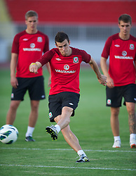 NOVI SAD, SERBIA - Monday, September 10, 2012: Wales' Gareth Bale during a training session at the Karadorde Stadium ahead of the 2014 FIFA World Cup Brazil Qualifying Group A match against Serbia. (Pic by David Rawcliffe/Propaganda)