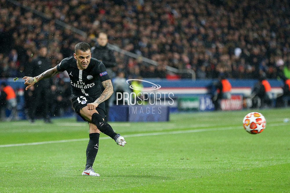 Dani Alves of Paris Saint-Germain crosses the ball during the Champions League Round of 16 2nd leg match between Paris Saint-Germain and Manchester United at Parc des Princes, Paris, France on 6 March 2019.