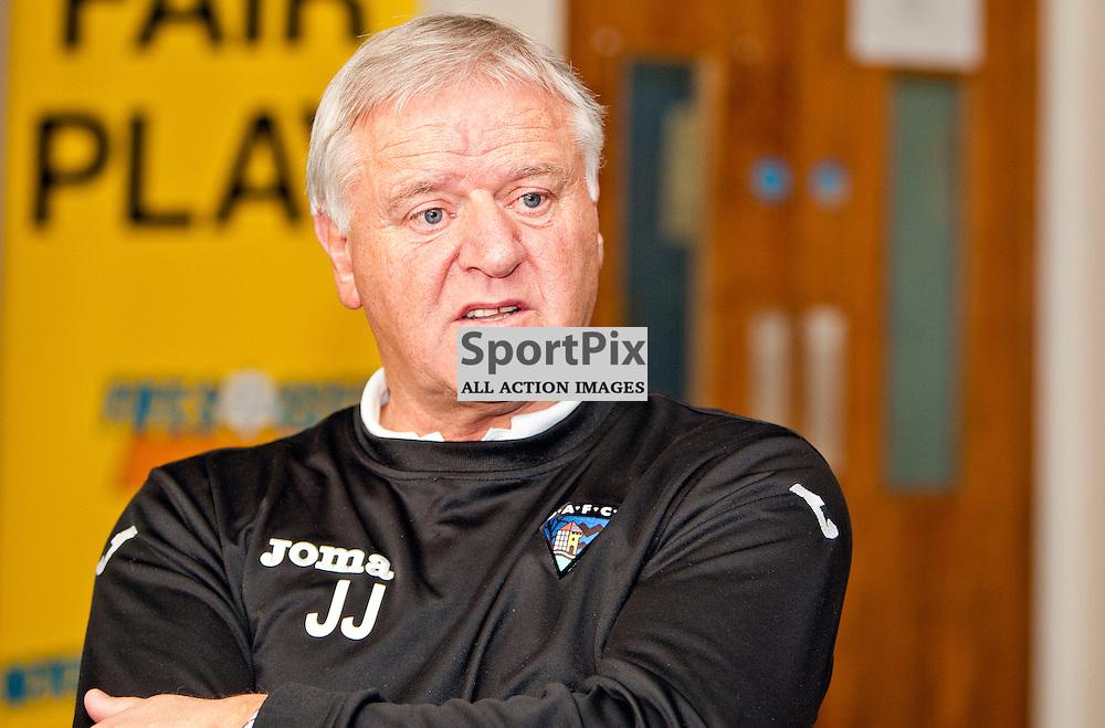 DAFC Presser Pitreavie 29 November 2012..Jim Jefferies talks to the press ahead of the Scottish Cup game against Partick...(c) Craig Brown | StockPix.eu