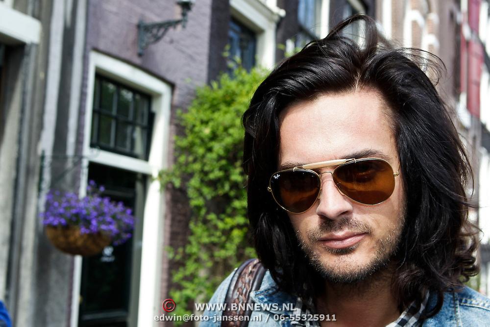"""NLD/Amsterdam/20100421 -  Presentatie Bastiaan van Schaik boek """"Koken met Modellen"""", Thijs Willekes"""