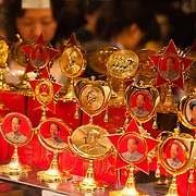 Mao Tse Tung memorabilia for sale, Beijing, China